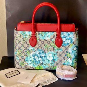 Gucci GG Supreme Blooms Canvas Tote Crossbody Bag